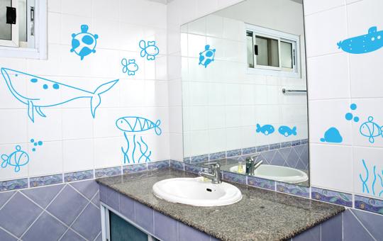 wandtattoo unterwasserwelt set wal fisch fische bubbles. Black Bedroom Furniture Sets. Home Design Ideas