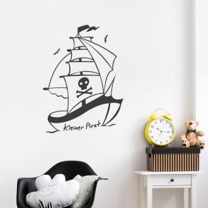 Kleines Piratenschiff Wandtattoo