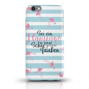 JUNIWORDS Handycase Sei ein Flamingo in einer Schar grauer Tauben