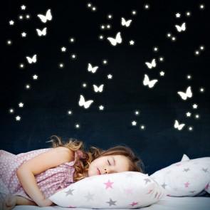 Leuchtaufkleber Schmetterlinge und Sterne