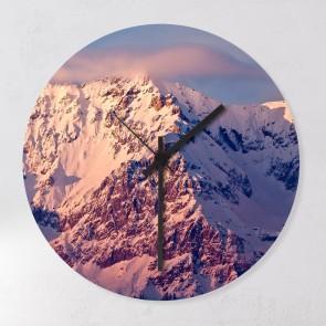 Wanduhr Berge mit Schnee