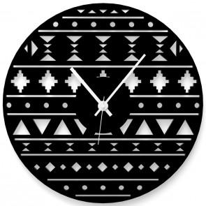 Uhr im Ethnostyle