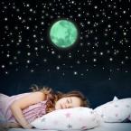 Leuchtaufkleber Mond im Set mit Sternen