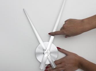 Verklebeanleitung Wandtattoo Uhren - Wandtattoo anbringen